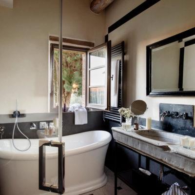charming-luxe-villa (1)